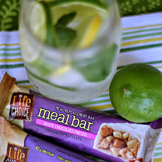 Best Nutrition Bars + Fruit Infused Coconut Water {Recipe} #BarNutrition #shop