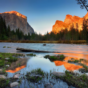 Yosemite Valley at Dusk by Al Juniarsam  - Landscapes Mountains & Hills ( yosemite valley, california, sunset, yosemite national park, dusk, el capitan; yosemite )