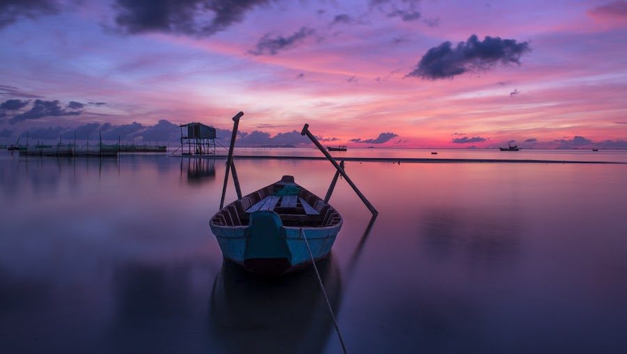 by Eric Eric - Transportation Boats