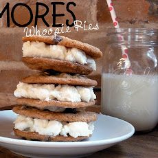 S'mores Whoopie Pies (with Chunky Marshmallow Vanilla Buttercream Frosting Filling)