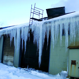 Icicles on Galena Foundry  by Kathy Rose Willis - City,  Street & Park  Street Scenes ( galena, illinois, winter, cold, green, white, icicles, foundry,  )
