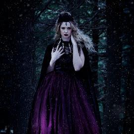 Dark Queen by Nigel Hawkins - People Portraits of Women ( fantasy, model, blonde, girl, queen, dark, forest, portrait )