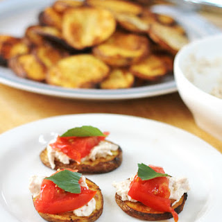 Grilled Potato Planks Topped with Tuna, Tomato and Basil | Easy Appetizer