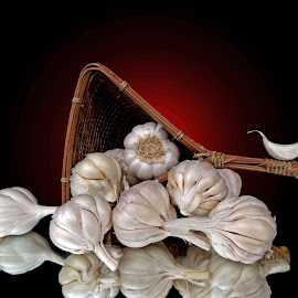 Garlic  by Asif Bora - Food & Drink Ingredients