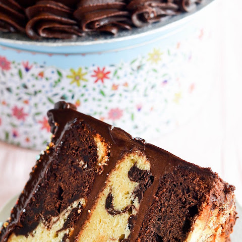 Chocolate Marble Fudge Cake