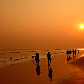 Dusk hour by Arnab Bhattacharyya - Landscapes Beaches