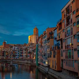 girona by Roberto Gonzalo Romero - City,  Street & Park  Vistas ( girona )
