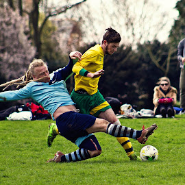 by Mike Ross - Sports & Fitness Soccer/Association football