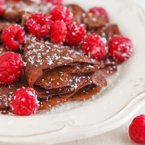 Dark Chocolate Crêpes for Pancake Day