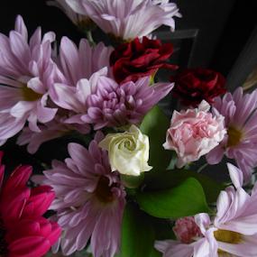 Kristen Ashley Bouquet by Liz Pascal - Flowers Flower Arangements