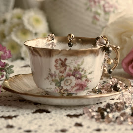 cup and saucer by Brenda Shoemake - Artistic Objects Antiques