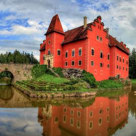 Zámek Červená Lhota by Ladis Jonák - Buildings & Architecture Public & Historical