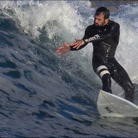 I've got the power by Brandon Mentoor - Sports & Fitness Surfing ( surfer, trick )