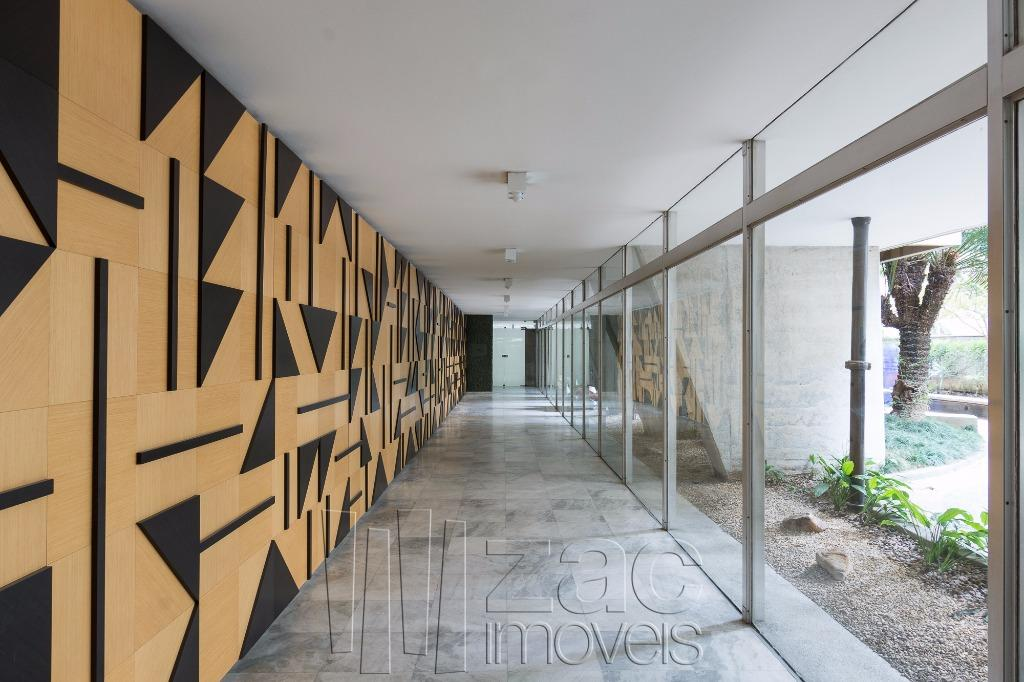 Tem muita história neste prédio de Israel Sancowski