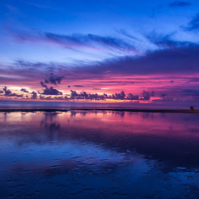 Red reflection by Fariz Mohammad - Landscapes Sunsets & Sunrises ( clouds, bali, reflection, sunset )