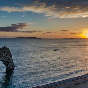Durdle door by Mohammed Hashmi - Landscapes Caves & Formations