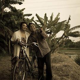 prewedd vintage 1 by Fahmi Yunus - People Couples