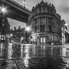 Quayside at night by Adam Lang - Black & White Buildings & Architecture ( quayside, newcastle, rain )