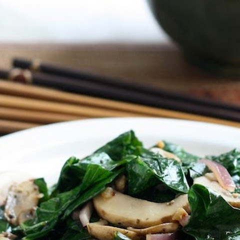 Stir-Fried Collard Greens with Brown Mushrooms