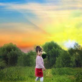 Анечка by Yana Tatevosyan - Babies & Children Babies ( весна, солнце, цветы, закат, природа, дети, mood factory, color, lighting, moods, colorful, light, bulbs, mood-lites )