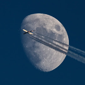 Airbus A340-300. SAS by Hafsteinn Kröyer Eiðsson - Transportation Airplanes ( sandnes, moon, colorful, vehicle, travel, transportation, tamron, norway, contrails, daytime, sky, far away, details, transport, rogaland, astrophotography, skyview, skyscape, mare, white, far, gray, flyby, airbus, moonlight, a340-300, red, traveling, craters, color, blue, moonscape, day, fast, moon flyby, telephoto, travel photography, daylight, contrail,  )