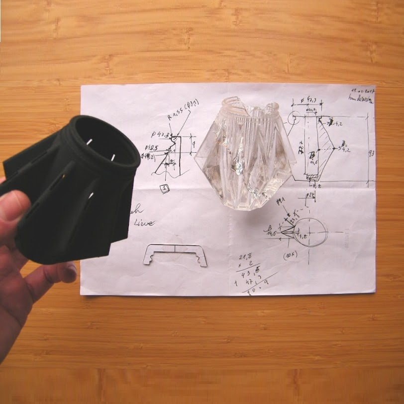 Upcycling an armature pendant lamp with 3D-printing