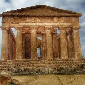 Tempio della Concordia ad Agrigento by Patrizia Emiliani - Buildings & Architecture Public & Historical ( agrigento, tempio, hdr, italia, sicilia,  )