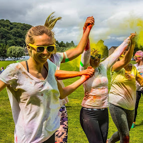 Highland Hospice , Run For Colour  by Gordon Bain - Sports & Fitness Running ( colour, hospice, fun, inverness )