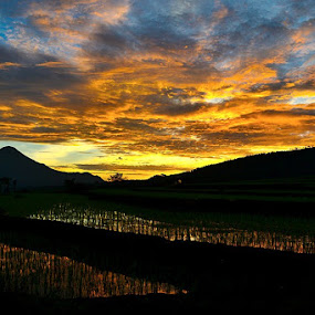Good Morning by Juang Rahmadillah - Landscapes Sunsets & Sunrises ( indonesia, sunrise, landscape )
