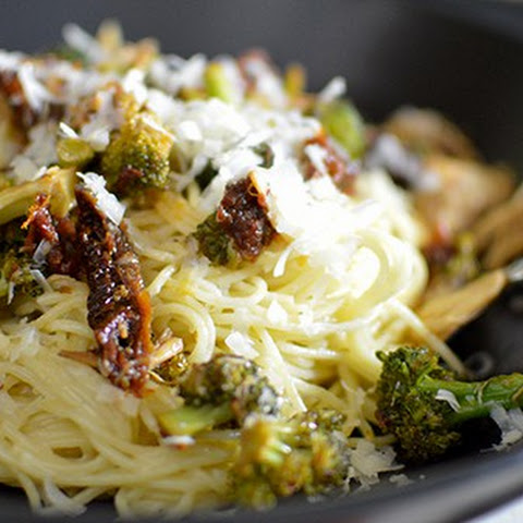 Broccoli, Sundried Tomato, and Crab Pasta with a Chardonnay Cream Sauce