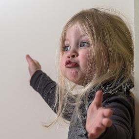 by Louis Heylen - Babies & Children Child Portraits