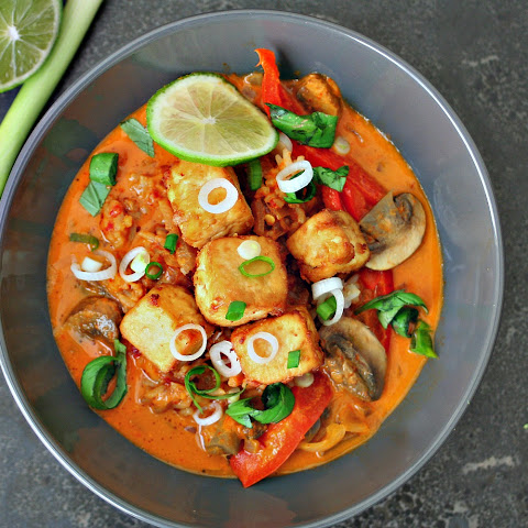 Thai Red Curry with Tofu or Chicken