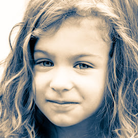 Smile for papa by Todd Wallarab - Babies & Children Children Candids ( child, smirk, girl, hair, eyes )