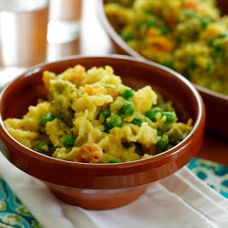Pasta with Peas and Curried Cauliflower Sauce