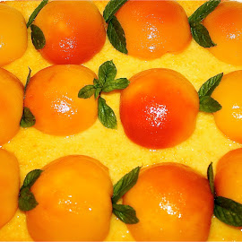 Peachy peaches. by Peter DiMarco - Food & Drink Candy & Dessert ( fruit, foods, food, fruits, dessert )