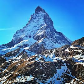 Matterhorn by Pedro Adrega - Landscapes Mountains & Hills ( mountain, nature, zermatt, matterhorn, switzerland )