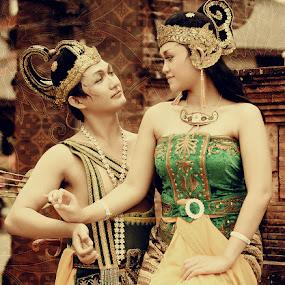Rama & Shinta by Andy Noer - People Couples