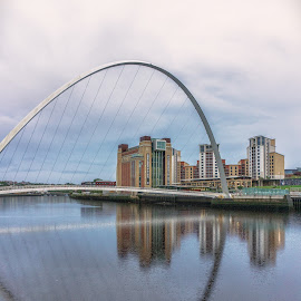 Millennium Bridge by Adam Lang - Buildings & Architecture Bridges & Suspended Structures ( river tyne, gateshead, millennium bridge, newcastle, baltic )