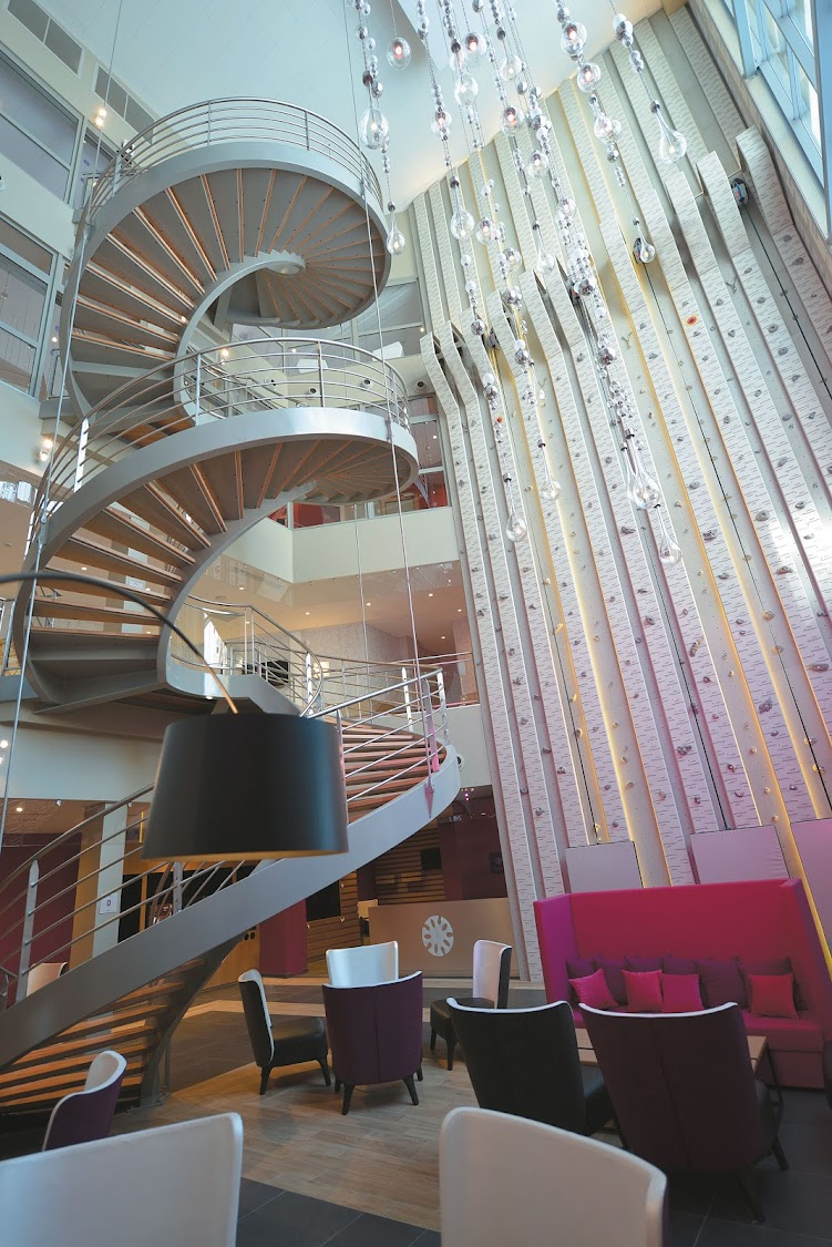 The soaring lobby of Val Thorens Sensations