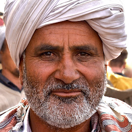 rajasthani man by Doug Hilson - People Portraits of Men
