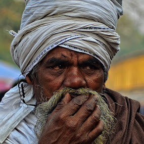 The Look by Chiradeep Mukhopadhyay - People Portraits of Men ( west bengal, kolkata, india, pilgrim, portrait )