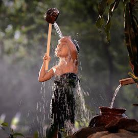 Take a shower by Doeh Namaku - Babies & Children Children Candids