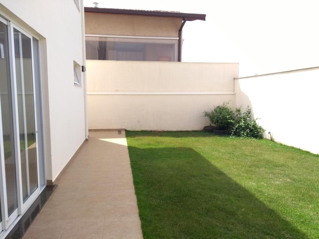 Casa com 3 dormitórios para alugar, 200 m² por R$ 3.200/mês - Residencial Floresta São Vicente - Bragança Paulista/SP
