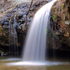 Lip Falls by Wayne Nixon - Landscapes Waterscapes ( waterscape, waterfall, w e nixon photography, landscape photography, long exposure, landscapes )