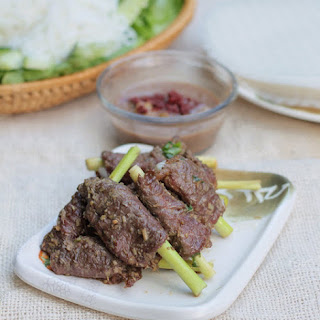 Grilled Beef with Lemongrass Recipe (Bò Nướng Xả)