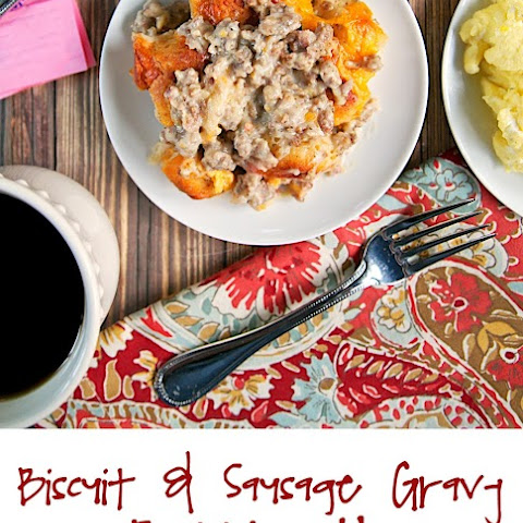 Biscuit and Sausage Gravy Bubble Up