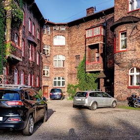 07 Nikiszowiec - typowe podwórko by Marek Rosiński - Buildings & Architecture Public & Historical ( urban, historic building, old buildings, history, europe, architecture )