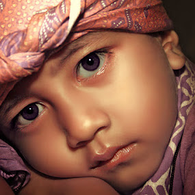 by Syaf Shaff - Babies & Children Child Portraits