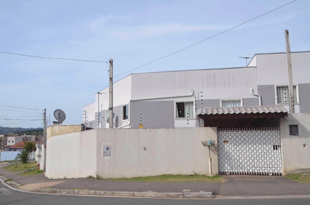 Apartamento térreo residencial à venda, Capela Velha, Araucá...