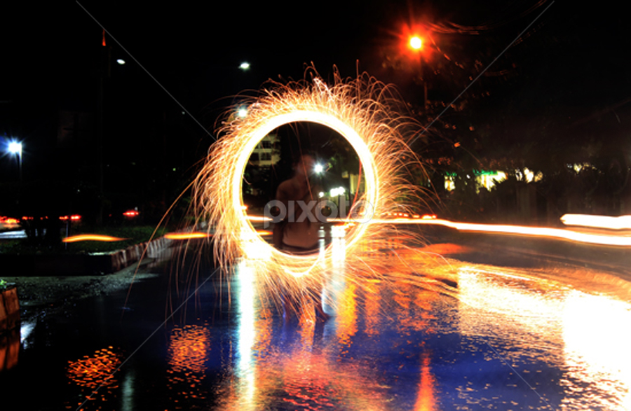 by Ryan Espe - Abstract Light Painting
